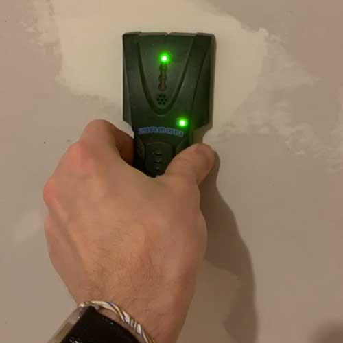 Best Stud Finder Featured Image