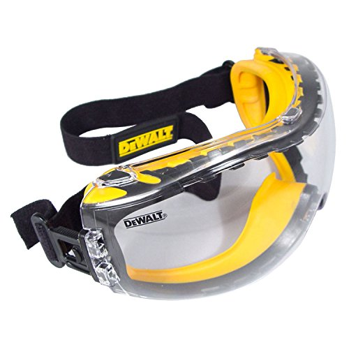 DeWalt Concealer Anti-Fog Dual Mold Safety Goggle